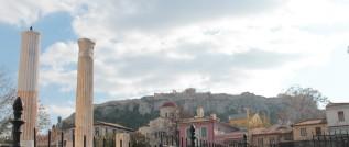 Acropoli vista dall'Agorà romana