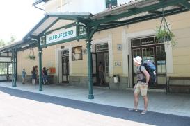 Andrea alla stazione di Bled