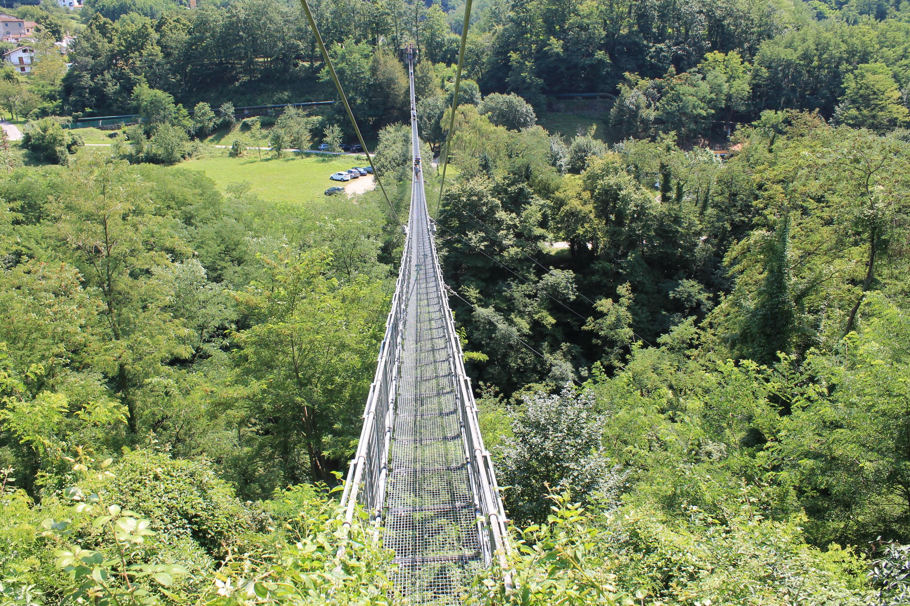 Il ponte sospeso pedonale pi lungo del mondo in toscana for Disegni di ponte anteriore