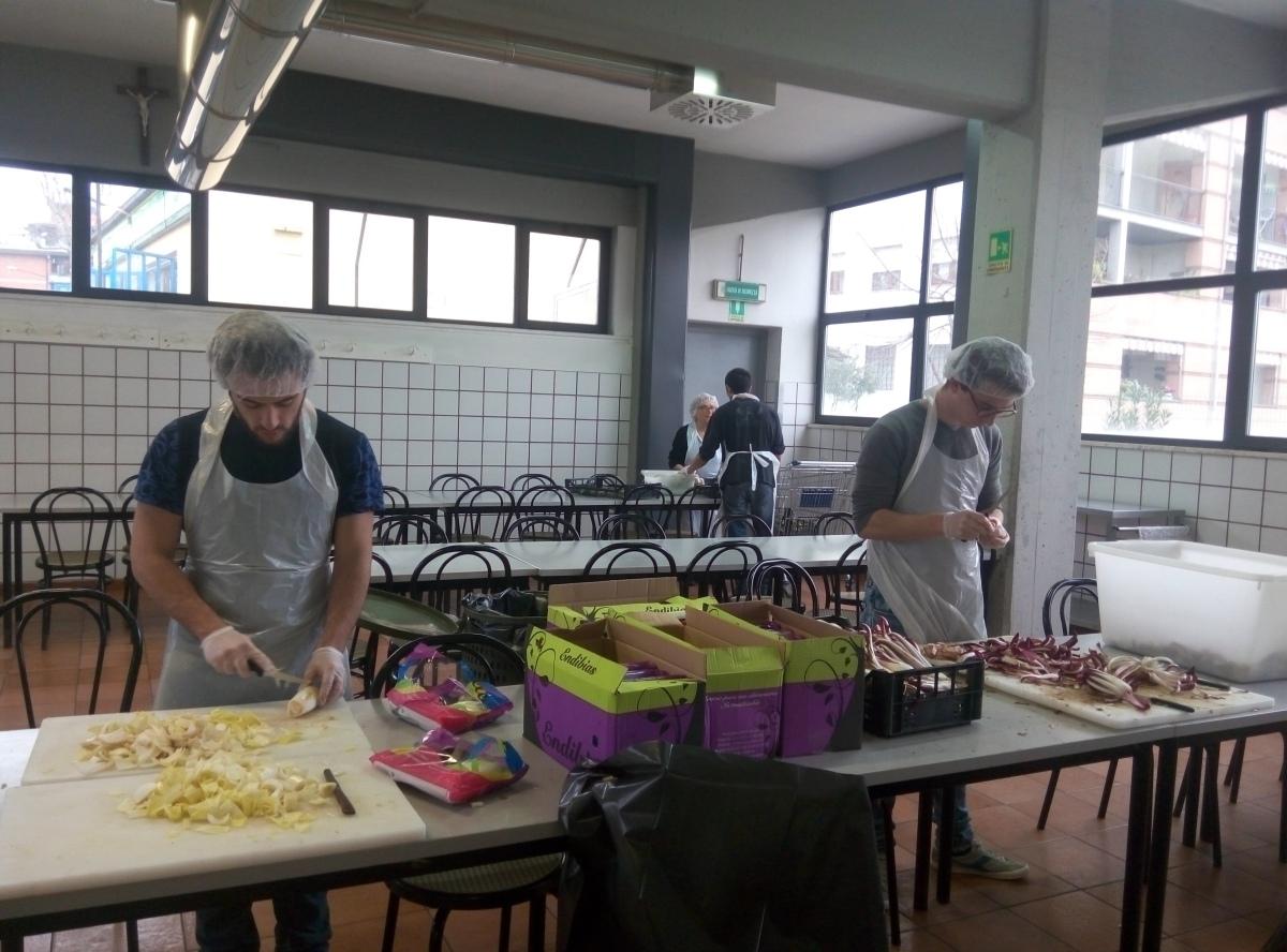 Al servizio dell'altro. La mensa Caritas di via Baracca a Firenze